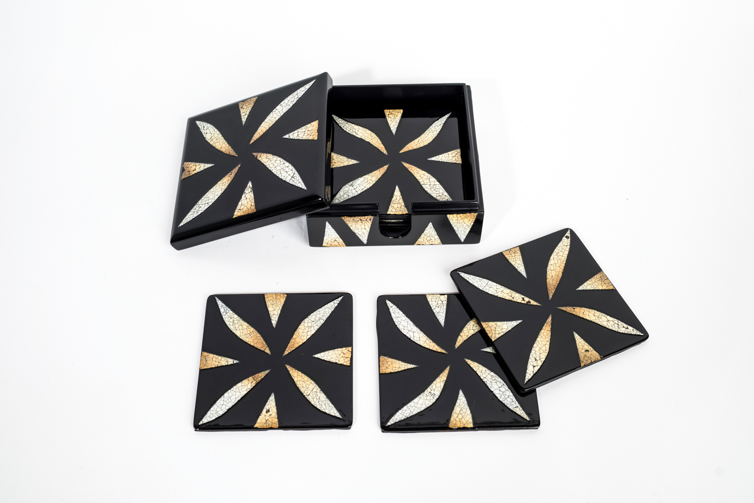 Eggshell mosaic wooden lacquer coaster set in matching lacquer box.