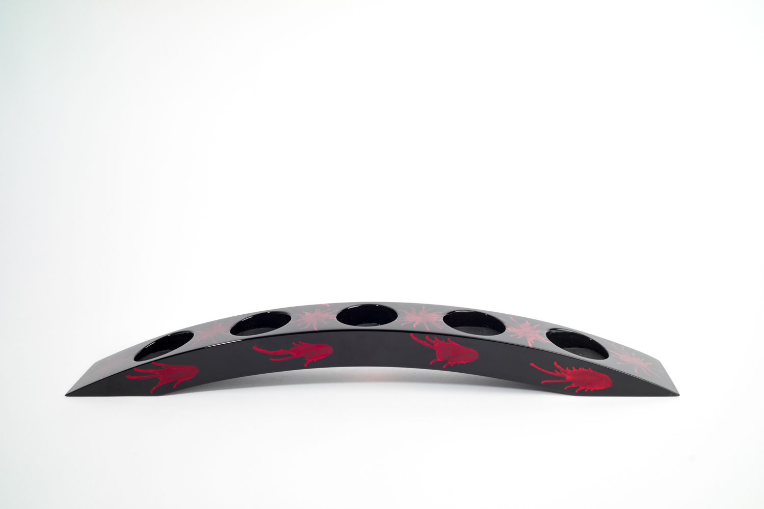 Red and black splash wooden lacquer bridge tealight holder