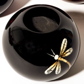 Silkwood Traders Dragonfly wooden lacquer tealight holder