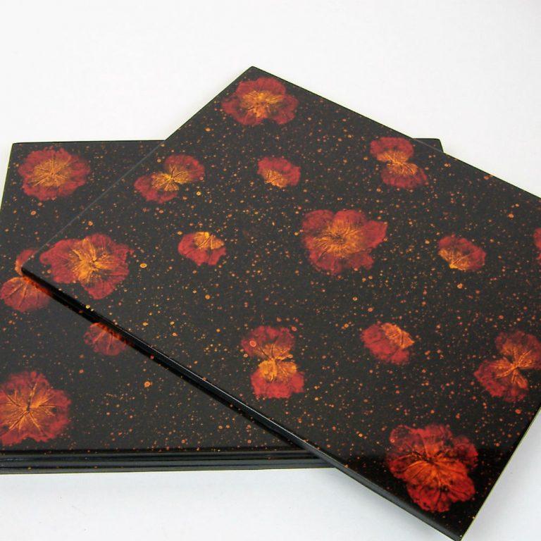 Pressed flower wooden lacquer place mat set