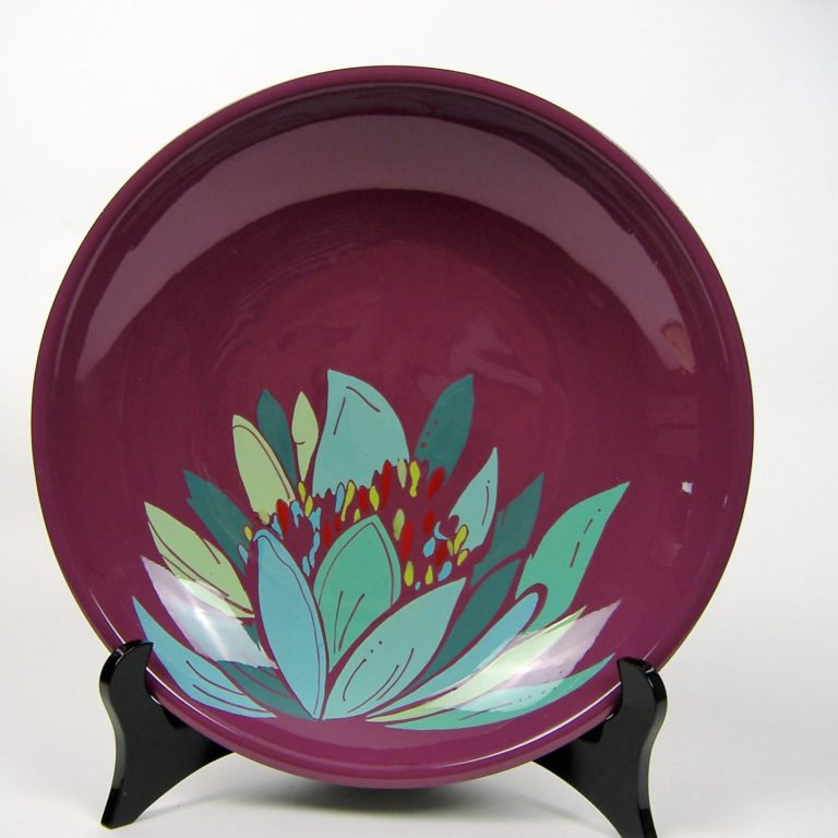 Purple lily wooden lacquer serving bowl