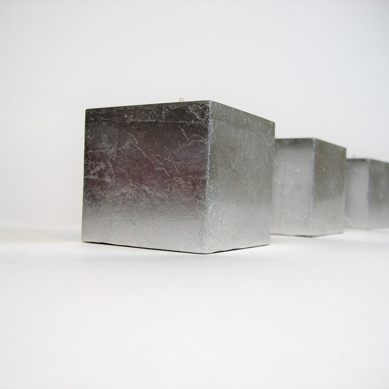 Metallic silver cube wooden lacquer tealight holder set