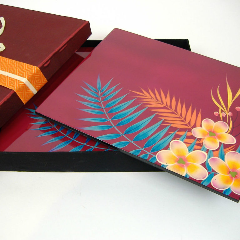 pink palm leaf wooden lacquer place mat set