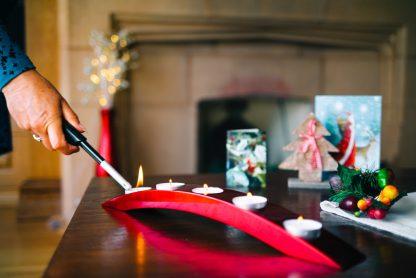 Metallic red wooden lacquer tea light holder